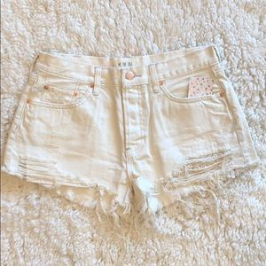 Free People - (NWT) Daisy Chain Shorts